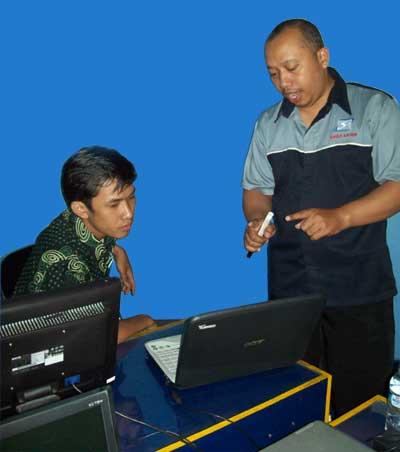 PELATIHAN TEKNISI LAPTOP ATOMIC TECHNO