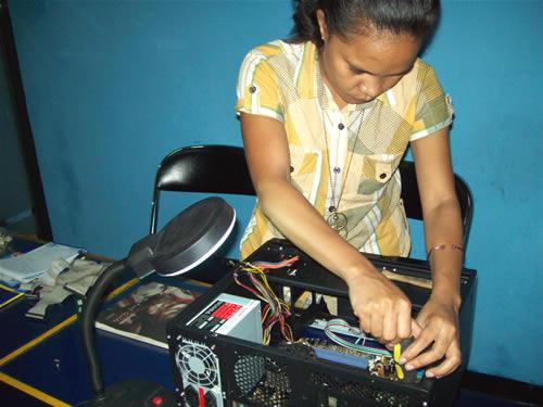 training teknisi komputer