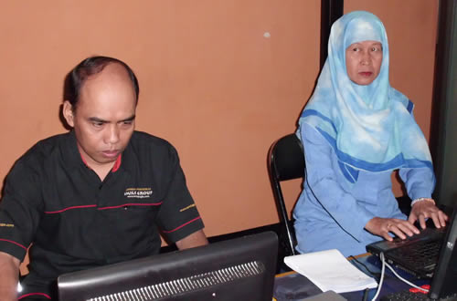Politeknik Negeri Ujung Pandang Pelatihan Jaringan Wireless