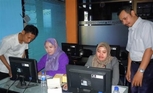 Universitas Borneo Training di Smile Group