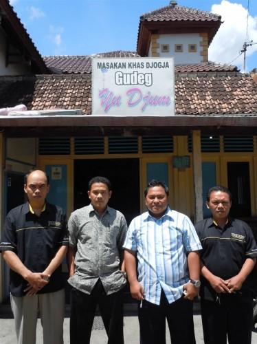 Puslitbang Geologi Kelautan Bandung di Gudeg Yu Djum