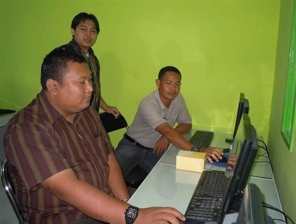 Sekretariat DPRD Pelalawan Pelatihan Multimedia