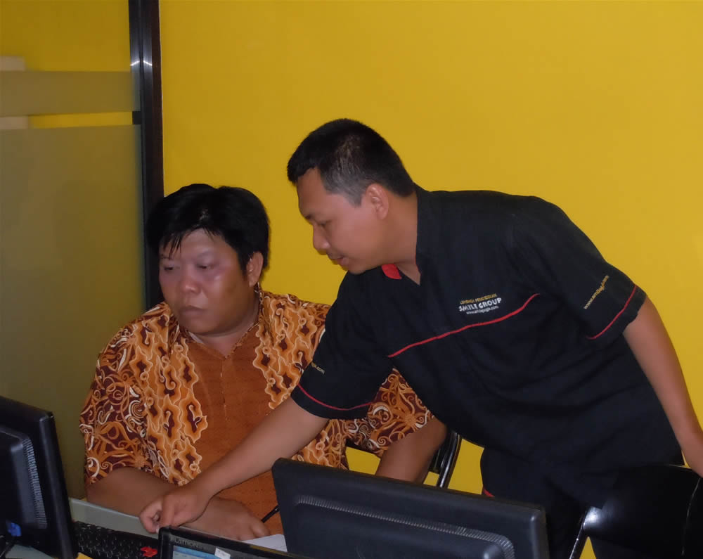 Humas Sekda Kabupaten Kapuas Hulu di Smile Group