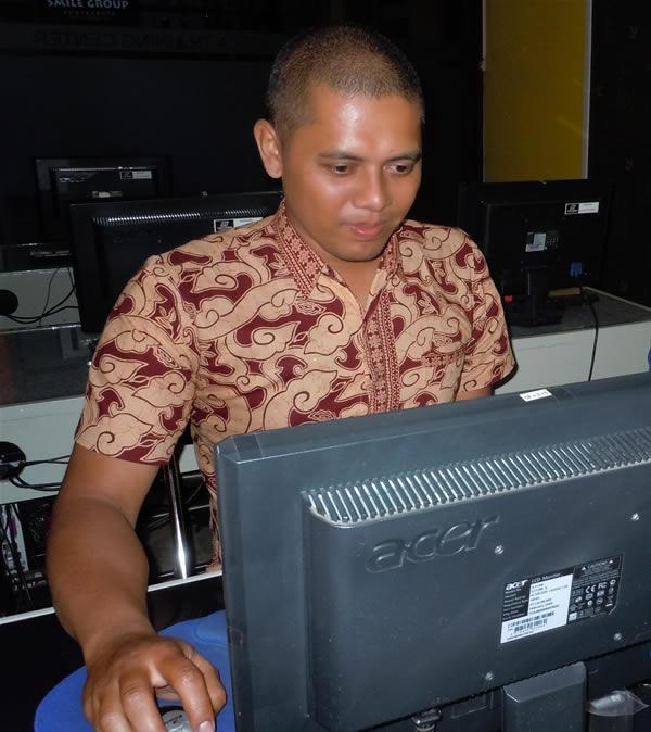 Univ Negeri Malang - CD Interaktif