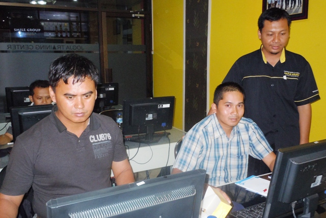 DISTANAKAN Kabupaten Barito Timur Pelatihan Administrator Web