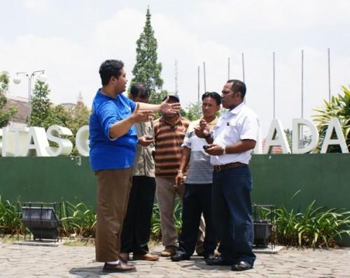 Praktek GPS untuk pembuatan data SIG