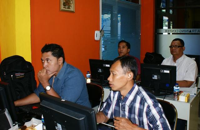 Polines Semarang Ikuti Pelatihan Desain Multimedia