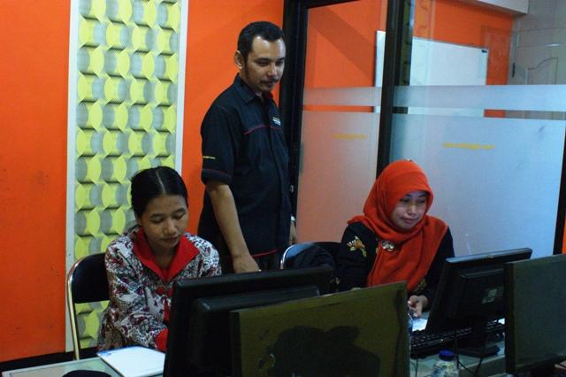Pelatihan SPSS dan Administrasi Perkantoran