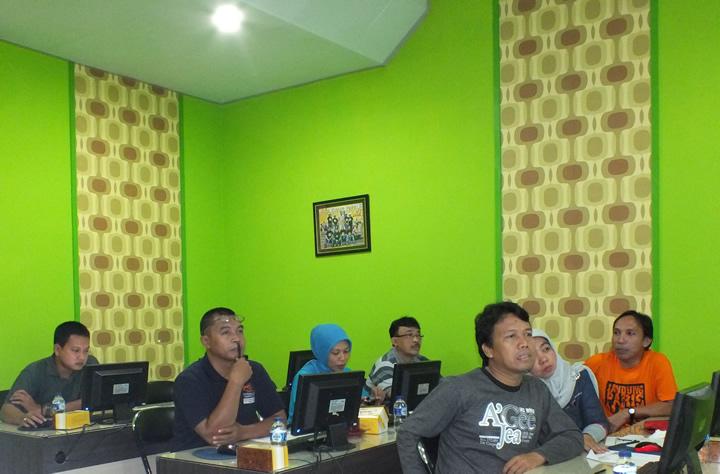 Dinbudpar Banjarnegara - Website