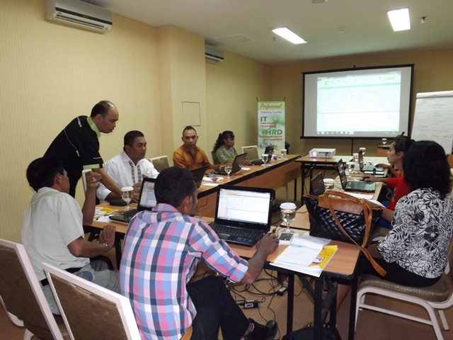 Training atau Pelatihan Database Management System