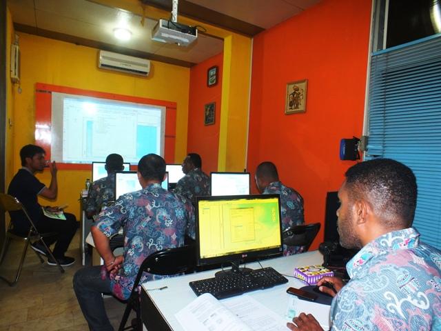 Pelatihan GIS