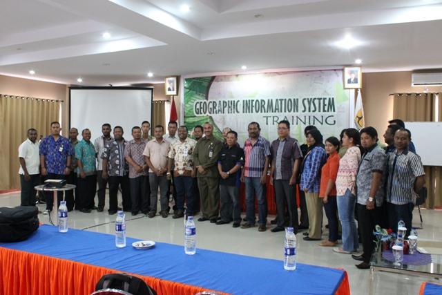 Acara pembukaan pelatihan GIS Dinas PU Papua Barat