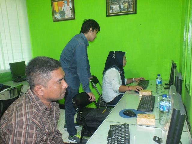 Pelatihan editing dan fotografi