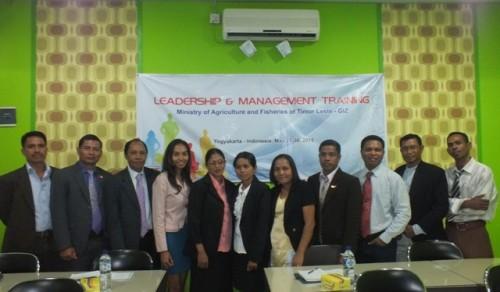 Pelatihan kepemimpinan dan manajemen
