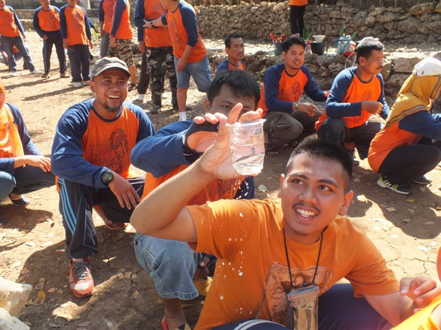 Outbound Training dan Fun Game