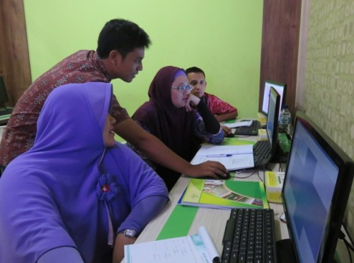 Pelatihan analisis data geospatial