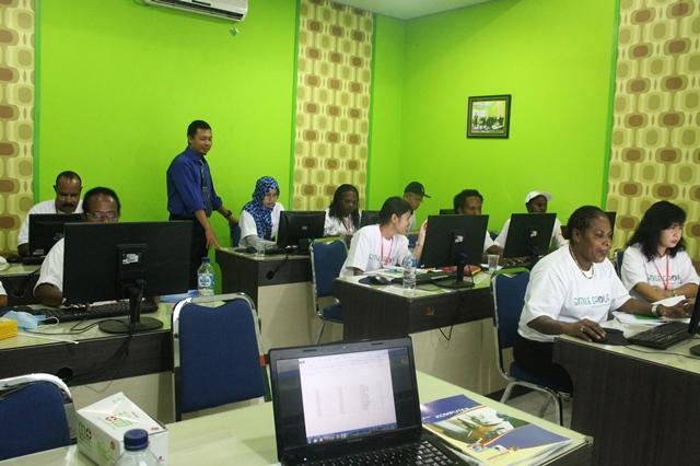 Distrik Kuala Kencana Papua Pelatihan Komputer Perkantoran