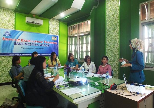 Pelatihan Pelayanan Priman Perbankan