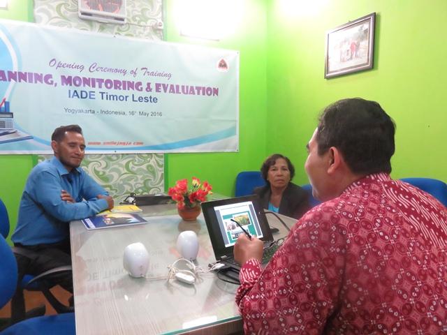 Pelatihan Monitoring dan Evaluasi (MONEV)