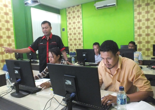 Customer Service & Administration Training