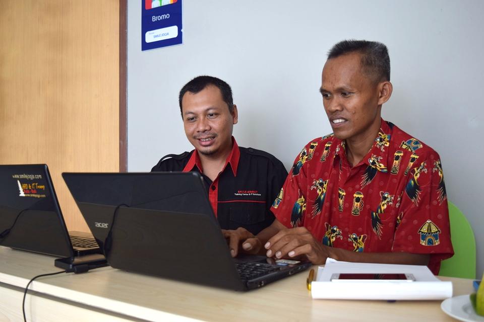pelatihan pengelolaan website opd dpppa keerom