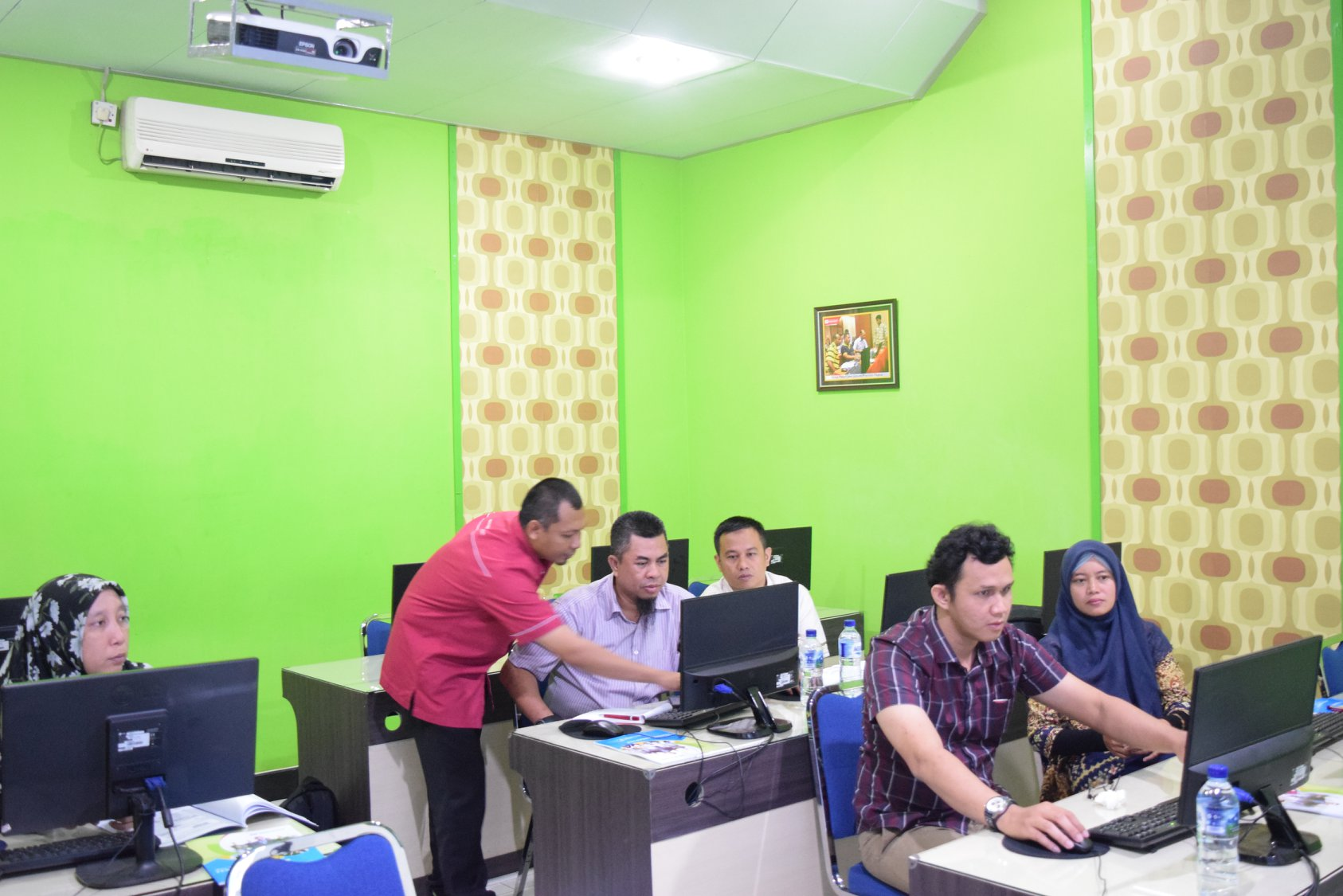 Pelatihan pembuatan modul digital