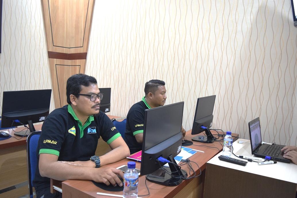 LPMAK Pelatihan Administrator Website