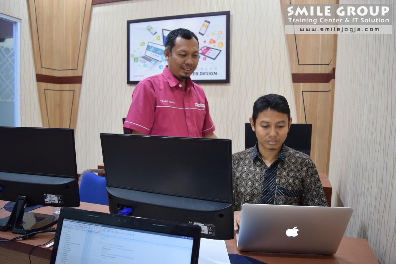 pelatihan web design - administrator website setda sulbar
